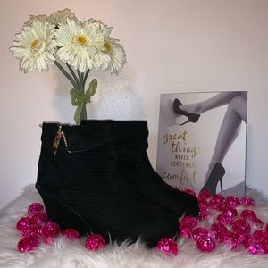Shoes - New Booties